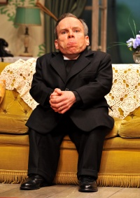 See How They Run - Warwick Davis